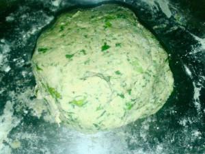 palak paratha dough