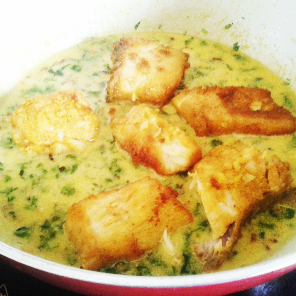 indian salmon in coconut curry