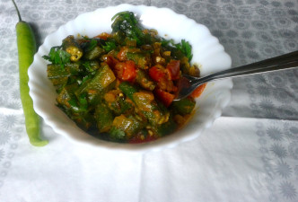 Punjabi Bhindi Masala Recipe – Sautéed Okra with Onions, Tomatoes and Spices