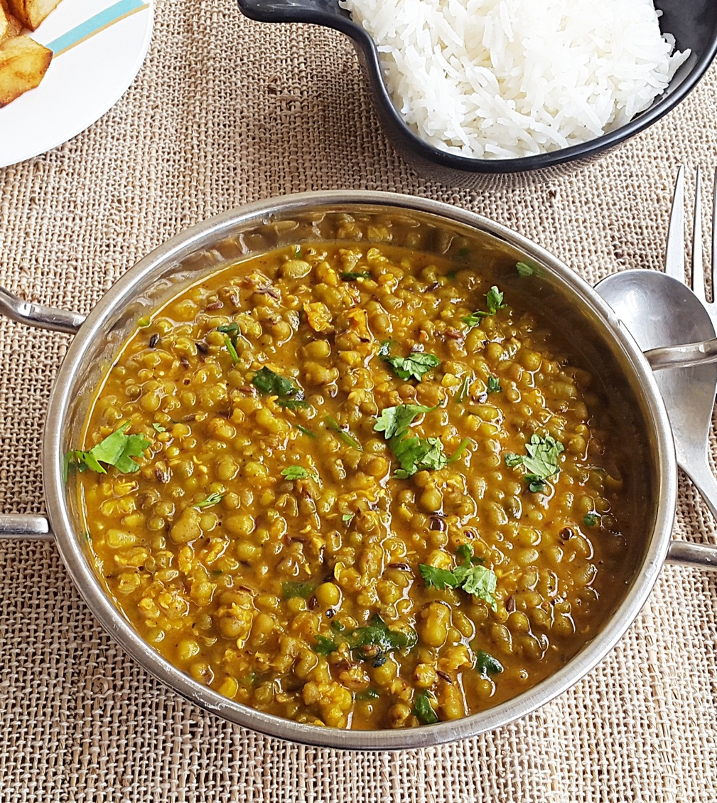 Moong dal khilma recipe spicy green gram rajasthani for Cuisine on the green