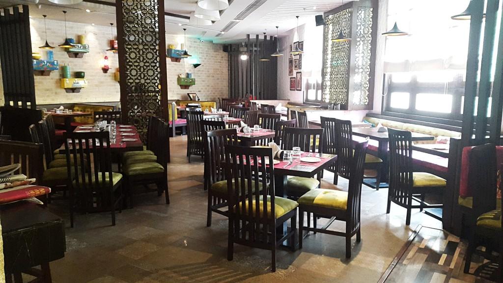 decor restaurant
